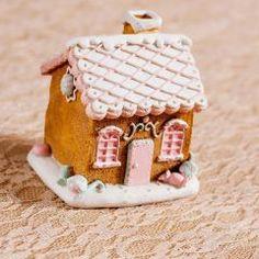 ΚΟΥΜΠΑΡΑ - Θέμα Βάπτισης | 123-mpomponieres.gr Xmas, Christmas, Gingerbread, Desserts, Food, Tailgate Desserts, Deserts, Ginger Beard, Eten