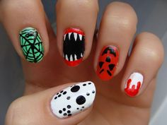Celebrate Fright night with a fun Halloween manicure! So, here we have collected wonderful Halloween nail art ideas for your inspiration. Funky Nail Art, Funky Nails, Cute Nails, Pretty Nails, Cute Halloween Nails, Halloween Look, Halloween Nail Designs, Halloween Coffin, Halloween Makeup
