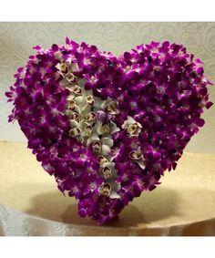 Inima exotica cu orhidee Cymbidium si Dendrobium Valentines Day, Crown, Jewelry, Valentine's Day Diy, Corona, Jewlery, Jewerly, Schmuck, Jewels