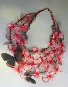 Necklace |  Carol of FiveOClocks.   Chiffon, linen, and glass beads