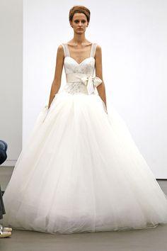 Desfile de Vera Wang na New York Bridal Week 2012. #casamento #vestidodenoiva #laço
