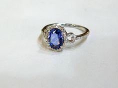 Modern Sapphire and Diamond Ring #blue #sapphire #modern