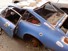 Depressing, someone gave up on this Classic Porsche 911