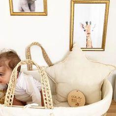Coucou petit trésor de 5 mois! 💛 Hello little 5 months old sweety ! 📷 @mb._______
