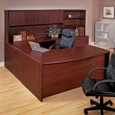 Bush Series C U Shaped Desk With 4 Door Hutch And Lateral