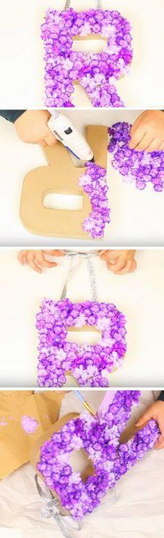 DIY Monogrammed Floral Decorative Letter. #DIYChristmas