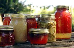 Einkochen können Sie Gemüse und Obst, Pilze und Fleisch