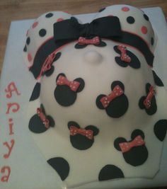 Baby Shower Cakes minnie mouse   Pregnant belly - Minnie Mouse