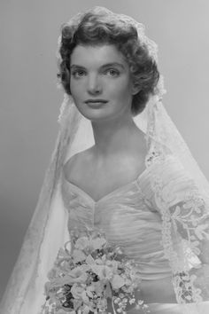 """""""I'm sure when the Bouviers and the Kennedys first broke bread, there was a similar sense of joy and urgency."""" On September Jacqueline Bouvier becomes Jackie Kennedy. I think she was the most exquisite bride I've seen. Jacqueline Kennedy Onassis, Jackie Kennedy Wedding, Estilo Jackie Kennedy, Les Kennedy, Caroline Kennedy, John F Kennedy, Kennedy Wife, Jaqueline Kennedy, Jacklyn Kennedy"""