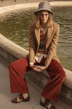 L'Officiel Paris September 2017 Laetitia Montalembert by Luc Coiffait Parisian Girl, Shopping In Italy, Simple Style, My Style, Laetitia, Yesterday And Today, Eclectic Style, Casual Fall, Fashion Photo