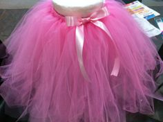 Tutu Tutorial Brockman and Johnson girls! And everyone going to Taylor's bachelorette party need one! Tulle Poms, Tulle Tutu, Tulle Dress, Pom Poms, Diy Tutu, Victorian Children's Clothing, Tutu Ballet, Ballerina, Tulle Skirt Tutorial