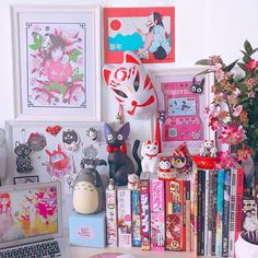 🐱🦊 desk, featuring a couple of our fav lucky ornaments! Who else has a desk full of Japanese art and ornaments? Nerd Room, Gamer Room, Cute Room Ideas, Cute Room Decor, Sala Nerd, Japanese Bedroom, Pastel Room, Pink Room, Kawaii Bedroom