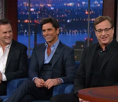2 white guys and a tan guy tonight on @colbertlateshow #LateShow