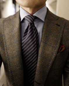 Men's Ties Inspiration #1 I recently bought my new pair of elevator shoes which makes me feel taller and more confident! FOLLOW : Guidomaggi Shoes Pinterest MenStyle1 Facebook | MenStyle1 Instagram |...