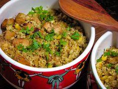 Receita de cuscuz marroquino com cubos de frango e milho grelhado