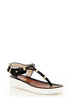 Thong Sandals With Buckle Closure