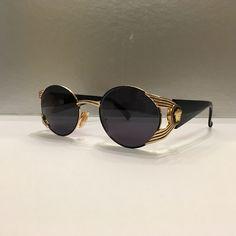 161f884ef250 GIANNI VERSACE MOD S65 Col 16L Vintage Sunglasses near NOS con! Super Rare