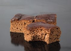 Protein: 9g, Carbs: 6g, Fat: 1g, Cal: 67 Just 5 ingredients in thisDouble Chocolate Protein Snack Cake, and one of them is your favorite chocolate whey! I wanted to bring you an easy recipe made with whey protein, since many of you already have whey protein for shakes. It's