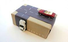 geschenke verpacken geschenk verpacken geschenke schön verpacken geschenk mit autos