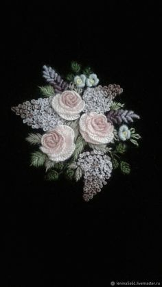 Hand Embroidery Videos, Hand Embroidery Flowers, Crewel Embroidery Kits, Hand Embroidery Tutorial, Hand Work Embroidery, Flower Embroidery Designs, Hardanger Embroidery, Simple Embroidery, Ribbon Embroidery