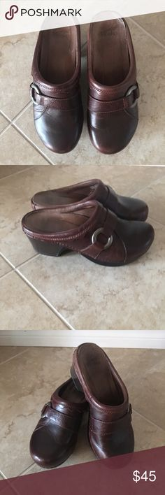 Dansko mules Brown mules/clogs/slide ons with silver accent Dansko Shoes Mules & Clogs