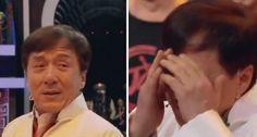 L'équipe de cascadeurs de Jackie Chan fête ses 40 ans: la surprise qu'ils lui réserve le fait craquer