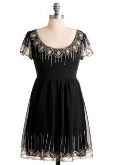 Oh beautiful ModCloth dress, I want to see you in my closet.
