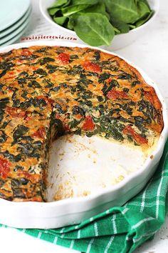 Quiche ze szpinakiem i soczewicą / Spinach & Lentil Quiche Homemade Pastries, Lentils, Pesto, Quiche, Camembert Cheese, Spinach, Baking, Breakfast, Desserts
