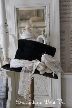 Old hat dressed up