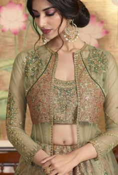 Pakistani Dresses Casual, Indian Gowns Dresses, Bridal Dresses, Elegant Dresses, Choli Dress, Lehenga Choli, Sari, Pakistani Couture, Pakistani Bridal Wear