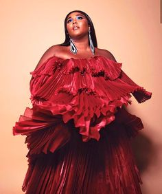 Lizzo Makes History At BET Awards - Demi Lovato, Pretty People, Beautiful People, Taylor Swift, Harry Styles, Robin, Iconic Women, Celebs, Celebrities