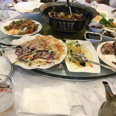 Such a lavish spread! #happy 😍😜 Mexican, Ethnic Recipes, Happy, Projects, Food, Food Food, Log Projects, Blue Prints, Essen