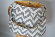 chevron fabric purse, love the gray and yellow!