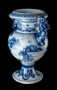 Homepage - Jongstra & Van Veen Blue And White China, Blue China, Love Blue, Rhapsody In Blue, Delft, China Porcelain, Milk Glass, My Favorite Color, Manual