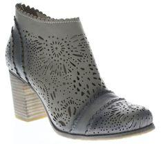 2017 Commerce Spring Step Gipsy Sandal Gray Multi Leather