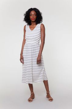 The Bobby sewing pattern is an easy-to-sew knit dress with a fully lined V-neck bodice, extra wide waist casing and an A-line skirt Dress Sewing Patterns, Clothing Patterns, Sewing Ideas, Fabric Patterns, Sewing Projects, Knit Dress, Wrap Dress, Colette Patterns, Petal Sleeve