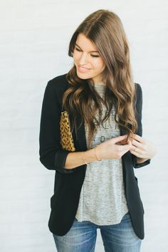 Blazer and t shirt with leopard clutch