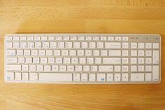【レビュー】Macと使いたくなるSatechiのテンキー付き『Wireless Smart Keyboard』