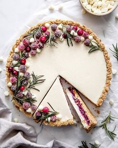 cookie butter pie Wow you guests with this delightful White Chocolate Cranberry Tart. Perfectly creamy with just the right amount of tartness from the cranberry filling. Christmas Cooking, Christmas Desserts, Christmas Treats, Holiday Treats, Holiday Cupcakes, Christmas Appetizers, Christmas Table Decorations, Holiday Tables, Mini Desserts