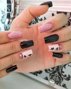 ThereBeauty 4 Trends of Nails Beauty in 2020 French nails style, back to the nails, make life more fun;Natural nails, best just natural. Gel Uv Nails, Glitter Nail Polish, Cute Acrylic Nails, Cute Nails, Pretty Nails, Heart Nail Designs, Nail Polish Designs, Nail Art Designs, Hello Nails