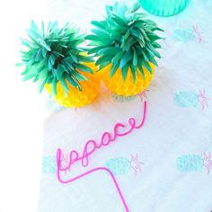 POOL PARTY IDEA: @Lavender Elephant Landing pineapple tablecloths + custom name straws | kelly golightly