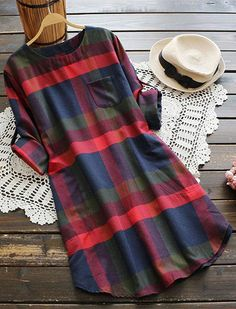 What a comfy T-shirt dress! Decent plaid pattern and cute round neck. Pocket at front bring you great convience. Only $25.99. Time to prepare for next season!