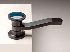 Countertop single handle stainless steel washbasin mixer JK21 | Washbasin mixer by ZAZZERI_17 Simple Style, Classic Style, Black Marble, Travertine, Carrara, Luxury Interior, Bathroom Accessories, Mixer, Faucet