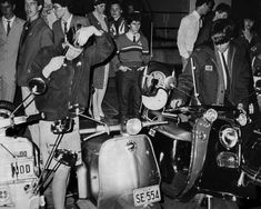 Mods getting ready for night out