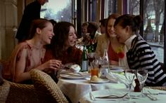Restaurang L'Avenue #Sexandthecity #Sex #City #Carrie #Bradshaw #CarrieBradshaw #Aleksandr #Petrovsky #AleksandrPetrovsky #Paris #Vacation #Trip #Resa #Travel #France #City #Frankrike #TV #Fan #Stad #Semester #Inspelning #Restaurant #Restaurang