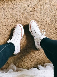 Chuck Taylor Sneakers, Chuck Taylors, All Star, Vans, Adidas, Beauty, Shoes, Fashion, Moda