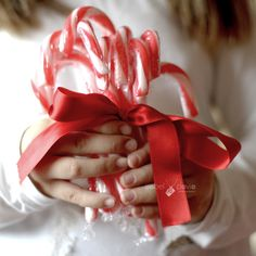 21/24. Red Christmas by Isabel Pavía, via Flickr