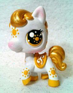 Sunshine Lps Littlest Pet Shop, Little Pet Shop Toys, Little Pets, Custom Lps, Lps Accessories, Lps Toys, Funny Phone Wallpaper, Adrien Y Marinette, Chibi