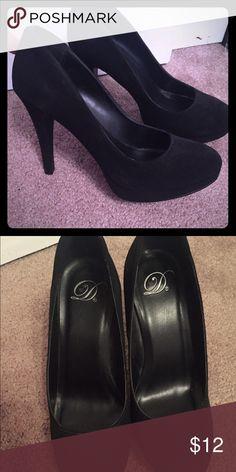 Delicious Black heels Worn Twice, in good conditions Delicious Shoes Heels