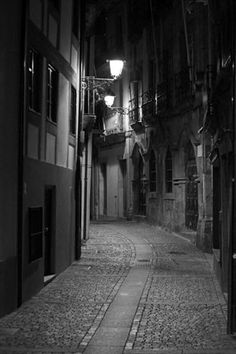 Jack the Ripper tour 2 Dark London street.......................................................................................................................................................................jpg 310×465 pixels